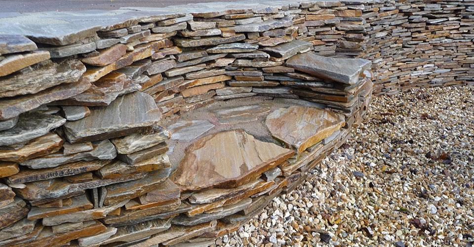 Sten Farm Stone Wall Seat